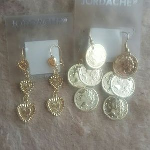 Jewelry - Gold colored pierced earrings